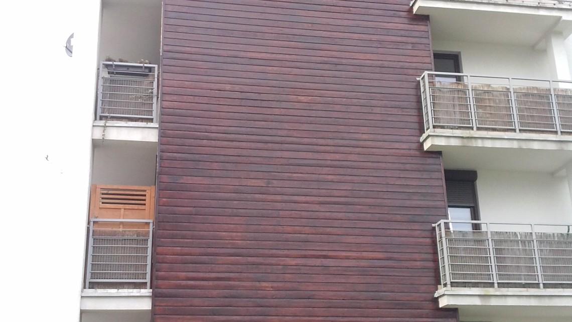 odnowiona elewacja drewniana